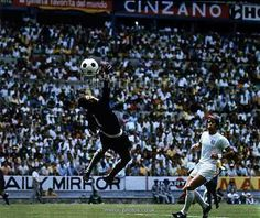 Brazil 1 England 0 in 1970 in Guadalajara. Geoff Hurst beats Felix but the ball goes just wide in Group 3 at the World Cup Finals.