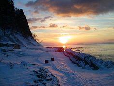 羅臼の朝日(冬) 知床の自然をもっと詳しく見る