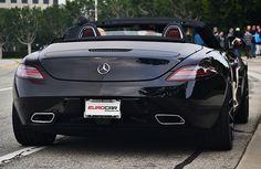 automotivated:    SLS Roadster (by Bernardo G. Macouzet)