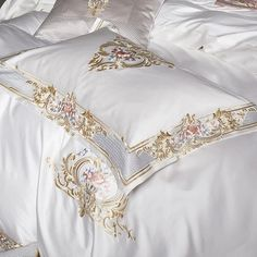 Comforter Cover, Duvet Bedding Sets, Duvet Cover Sets, Bedroom Comforters, Luxury Duvet Covers, Luxury Bedding, Luxury Bedspreads, Bedroom Inspiration Cozy, Dispositions Chambre