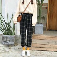 autumn korean fashion that looks great 86769 koreanfashionstyle fallkoreanfashi .fall korean fashion that looks great 86769 koreanfashionstyle fallkoreanfashion(no title) (no title) k (ani) UNIQLO Shirts Fashion Moda, Look Fashion, New Fashion, Trendy Fashion, Autumn Fashion, Fashion Outfits, Fashion Ideas, Fashion 2016, Korean Fashion Trends