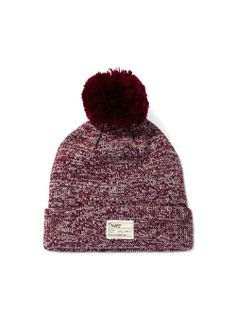 TNA DALLES HAT - Luxe merino wool warmth finished with a military-style patch Warm Outfits, Pretty Outfits, Cute Outfits, Winter Outfits, Knit Beanie Hat, Beanies, Military Fashion, Military Style, Brand Name Clothing
