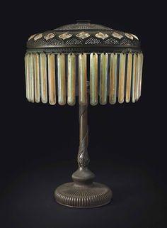 TIFFANY STUDIOS -  A PRISM AND TURTLEBACK TILE TABLE LAMP, CIRCA 1910   JV