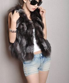 Lady Fashion Genuine Fox fur vest/Waistcoat Style Newest In Stock Hot selling-in Fur & Faux Fur