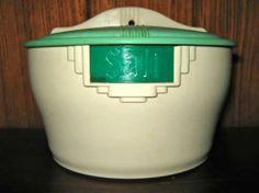 Bristolite Art Deco salt pig Salt Pig, Kitchen Canisters, Natural Wonders, Favorite Color, Shed, Objects, Art Deco, Box, Green