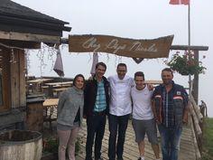 L'équipe de Chez pépé nicolas avec Julien roucheteau