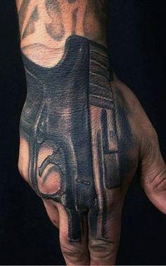 95 Tatuagens nos dedos para você se inspirar | #Tattoo #FingerTattos Nail Piercing, Piercings, Badass Pictures, Cholo Art, Feminine Tattoos, Tattoo Drawings, Tattoos For Guys, Tatoos, Tatting