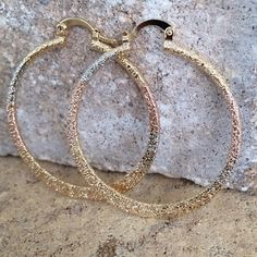 Fancy Hoops Earrings Classic style. For any outfit from the very casual to the very formal. Reward your jewelry collection! 14K Rose & Silver Plated / Gift Packaging Victoria Perez Collection Jewelry Earrings