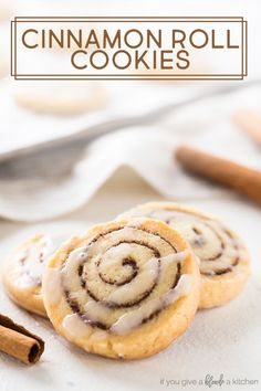 Cinnamon roll cookies are a sweet treat to make for the holidays. The cookies are slice-and-bake with a beautiful cinnamon swirl! Easy Cookie Recipes, Baking Recipes, Dessert Recipes, Baking Tips, Baking Ideas, Dessert Ideas, Sweet Recipes, Lemon Cookies Easy, Sugar Cookies Recipe