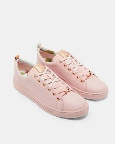 7d1a3eb7411397 Printed lace up sneakers - Pink