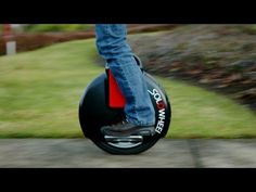 Hak5 - Solowheel: The Gyro-Stabilized People Mover from CES 2012