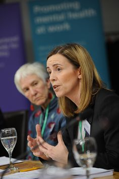 An initiative designed to better protect the mental health of the Scottish workforce has sparked widespread interest from businesses. To promote the initiative, IOSH and Healthy Working Lives (HWL) held a panel debate at the Scottish Parliament in Edinburgh in late 2014, supported by the Institution's Edinburgh Branch.