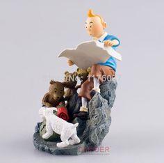 Vogue Comic Herge The Adventures Of Tintin Destination Moon Tintin Map & Milou/Snowy Figure Toys New Loose Statues, Durham Museum, Comic Font, Comic Movies, Action Figures, Moon, Animation, Adventure, Paradise Island