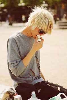 Working up the courage for this one - Blonde Straight Short Hairstyle - Easy Shaggy Haircuts Short Shaggy Haircuts, Shaggy Short Hair, Short Shag Hairstyles, Blonde Haircuts, Short Straight Hair, Short Blonde, Short Hair Cuts For Women, Short Hair Styles, Shaggy Pixie Cuts