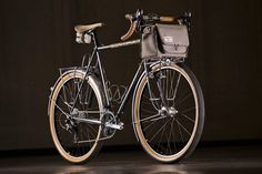 The big story oflast weekend'sNorth American Handmade Bicycle Show were Enduro Allroad bikes–road bikes with tires wider than 45 mm. These bikes are great on paved roads, but their true e…