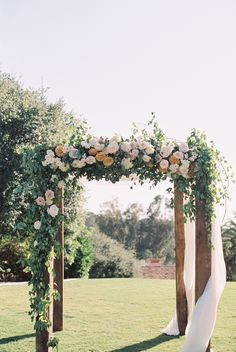 Ceremony arch flowers