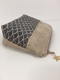 Bleu Marine, Sewing Projects, Zip Around Wallet, Pouch, Purses, Fabric, Bags, Style Japonais, Claire