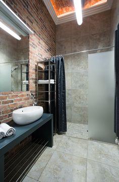 Brick Effect Tiles Modern Bathroom Decor, Bathroom Styling, Bathroom Interior Design, Small Bathroom, Industrial Bathroom, Bathroom Ideas, Shower Ideas, Industrial Design, Interior Livingroom
