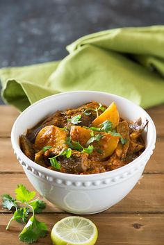 Aloo baingan sabzi is tasty curry from North India. Eggplant and Potatoes are cooked in a tangy gravy, aromatic spices for this no onion no garlic curry