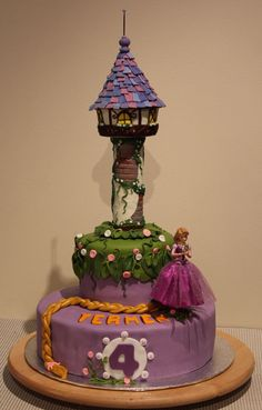 Rapunzel Cake Art for grandbaby. Rapunzel Torte, Bolo Rapunzel, Rapunzel Birthday Cake, 4th Birthday Cakes, Beautiful Cakes, Amazing Cakes, Rodjendanske Torte, Disney Cakes, Cake Decorating Techniques
