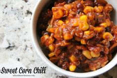 """I'm not going to lie…as I was eating this, I kept thinking """"dang, that's good!"""".... Chili Recipes, Slow Cooker Recipes, Crockpot Recipes, Soup Recipes, Crockpot Dishes, Delicious Recipes, Mama Recipe, Fall Recipes, Dinner Recipes"""