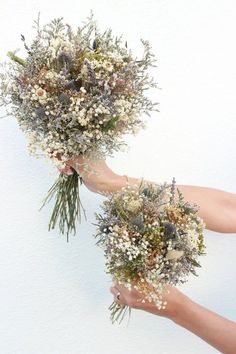 Dry flower bouquet Wedding / Blue thistle meadow Bridal bouquet / Lavender bundles Bridesmaid bouquet / Wildflowers Dried flowers bouquet ✿Beautiful, fragrant and organic thistle bouquet filled with dried babies breath (gypsophila) fl Thistle Bouquet, Dried Flower Bouquet, Flower Bouquet Wedding, Flower Bouquets, Gypsophila Bouquet, Blue Bouquet, Wedding Dried Flowers, Thistle Flower, Lavender Bouquet