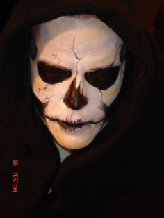 Skeleton Halloween Makeup for Men