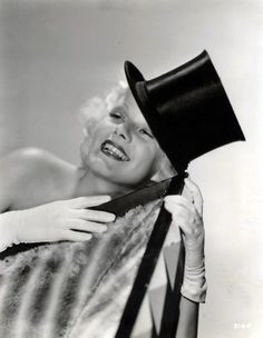 clarence sinclair bull | Jean Harlow by Clarence Sinclair Bull (1933) via ...