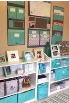 Organization with thirty one products.   Www.mythirtyone.com/carriekav