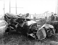 Wrecked car - 16th and Kingsway. - [ca. 1920]