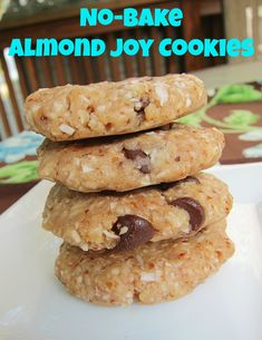 No-Bake Almond Joy Cookies | too good! Increase almond flour? Lots of oil from coconut butter. Used 1/3 cup mini chocolate chips, reduce to 1/4.