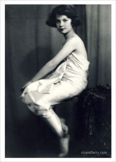 Vivien Leigh at the age of 9....wow...she looks like she's 18!