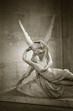 Antonio CANOVA, Psyché ranimée par le baiser de l'Amour, 1793, néoclassicisme (Louvre) #mythical