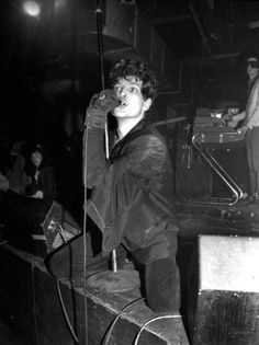 Suicide's Alan Vega discusses songwriting, art and life. No Wave, Rock Indé, Rock N Roll, Band Pictures, Music Pictures, The New Wave, Music Film, 80s Music, Punk Goth