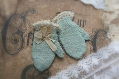~ antique doll mittens c1900