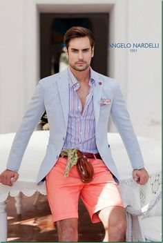 Blazer and shorts can be a great look. [Angelo Nardelli S/S Fashion Moda, Look Fashion, Mens Fashion, Sharp Dressed Man, Well Dressed Men, Looks Cool, Men Looks, Stylish Men, Men Casual