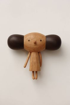 Adorables sculptures en bois par Yen Jui Lin