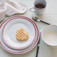 Market Stripe Dinnerware traditional dinnerware