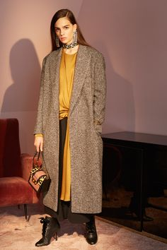http://www.vogue.com/fashion-shows/pre-fall-2016/lanvin/slideshow/collection