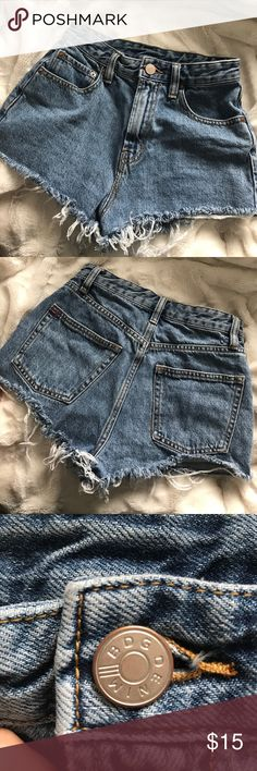 Urban Outfitters high waisted cutoff shorts BDG high waisted cutoff shorts size small fits 24/25 Urban Outfitters Jeans
