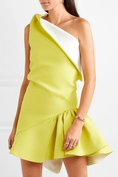 Maticevski - Enfanta one-shoulder ruffled cady mini dress : Maticevski Simple Dresses, Cute Dresses, Short Dresses, Mini Dresses, Ball Dresses, Belle Silhouette, Fashion Details, Fashion Design, Ladies Dress Design