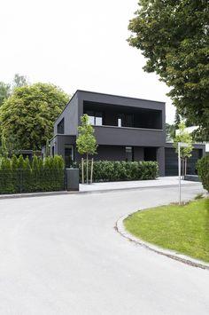 Einfamilienhaus mit Einliegerwohnung, Pöcking, 2015                                                                                                                                                                                 Mehr