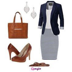 #LookDelDía Un atuendo más casual, falda a rayas combinado con café... si tienes compromiso es una buena combinación, comparte