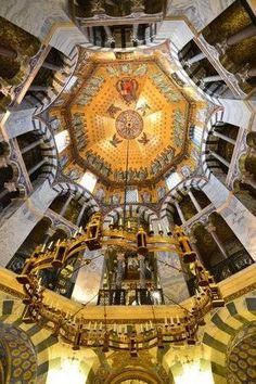 「アーヘン大聖堂 8角形 ドーム」の画像検索結果