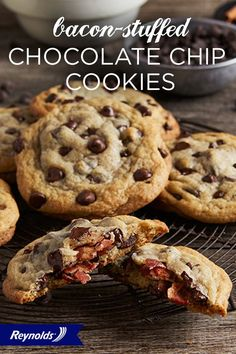 Love cookies? Love bacon? Then we've got the perfect Bacon-Stuffed Chocolate Chip Cookie recipe for you! The perfect blend of sweet and savory, these treats are so easy to make and certain to delight. Line your baking sheet with Reynolds® Parchment Paper, available in rolls or pre-cut sheets, for cookies that don't stick and fast, easy cleanup.