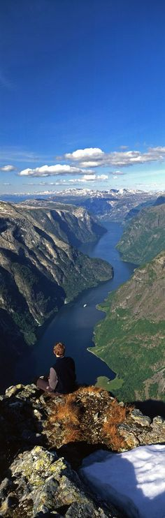 Breathtaking view of Nærøyfjord from  Bakkanosi mountain at Aurland in Sogn og Fjordane, Norway • photo: Discover Sognefjord