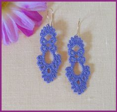http://www.murphysdesigns.com/tatting_62.htm  pattern $6.50