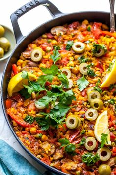 Vegetarian Paella made with simple ingredients in one hour. This recipe brings all the flavor and comfort of the classic rice dish to your own kitchen. Vegetarian Paella, Vegetarian Recipes, Healthy Recipes, Healthy Meals, Cheesy Broccoli Casserole, Veggie Dishes, Clean Eating Recipes, Vegan Recipes, Vegan