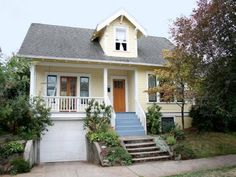 2 bedroom- A great craftsman home in a quiet neighborhood just blocks from lively Alberta Street