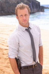 ドラマ「Hawaii Five-O」のダニー役を演じるスコット・カーン